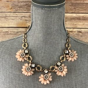 NWOT Flowered Statement Necklace